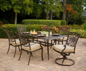 Hanover TRADITIONS7PCSW 7-Piece Deep-Cushioned Outdoor Dining Set